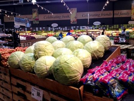 20121105_seattle-central-market-cabbage.jpg
